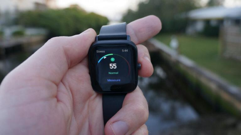 ساعت هوشمند امیزفیت مدل Bip U Pro با ۱۸ ماه گارانتی